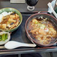 【小海町】月華(半中華丼+ラーメン)